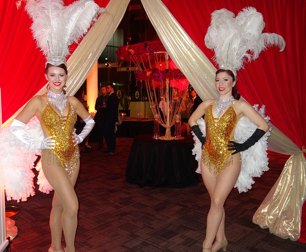 showgirls performers