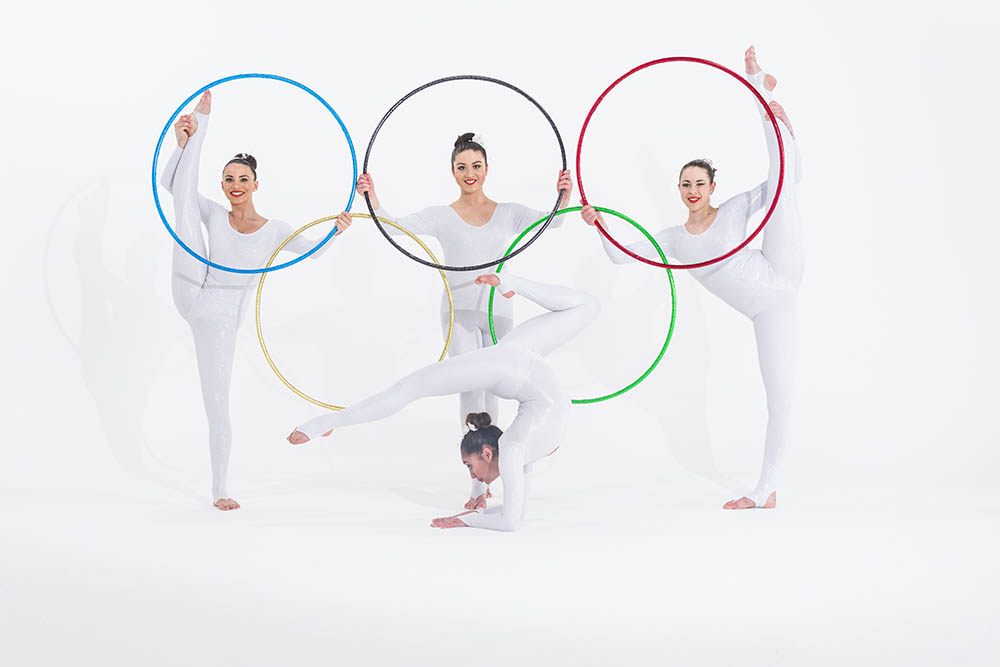 Olympic gymnasts with Olympic rings 2