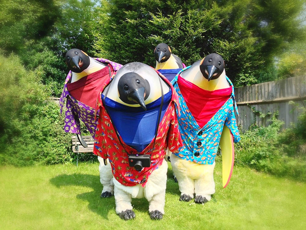 Penguin Holiday performers