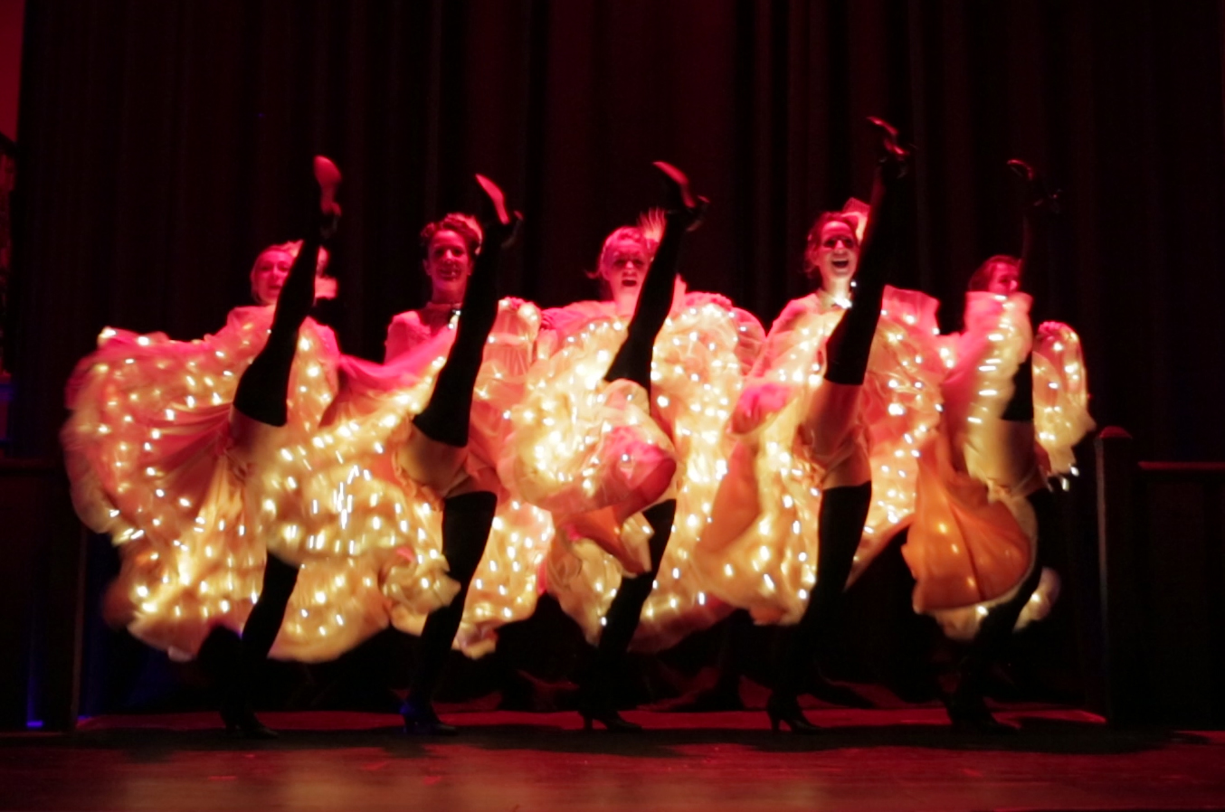 Cancan stage performers