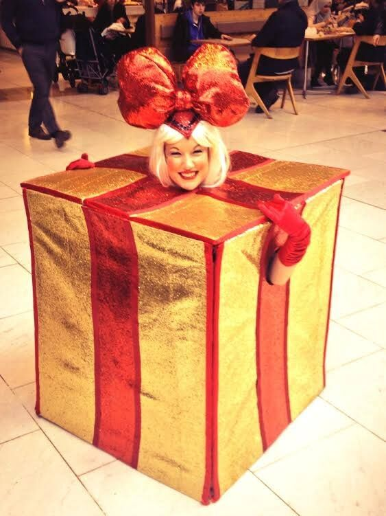 Christmas present performer for events